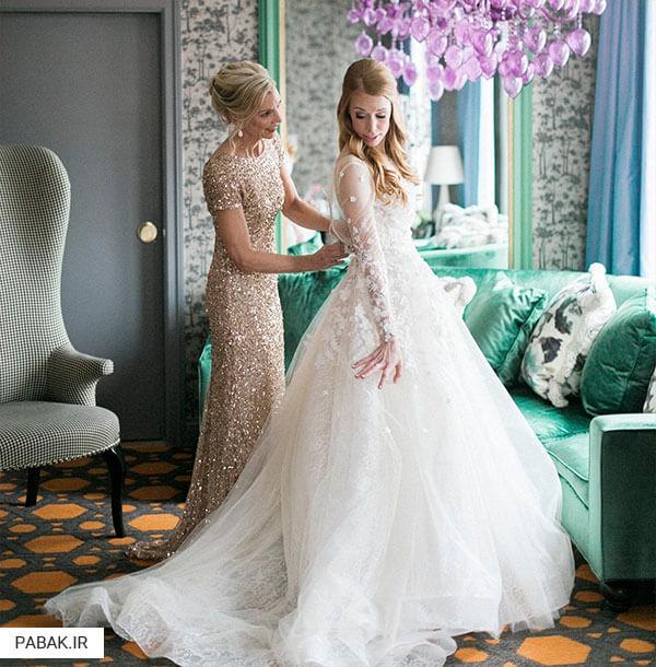 مکان عروسی در لباس عروس - چگونه لباس عروس انتخاب کنیم
