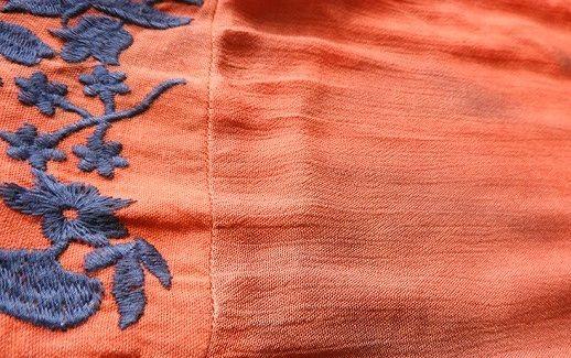 colour bleeding1 - چگونه از رنگ دادن لباس ها جلوگیری کنیم