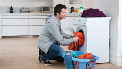 small - چگونه از رنگ دادن لباس ها جلوگیری کنیم