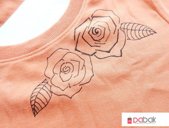 t shirt painting12 - چگونه روی پارچه نقاشی کنید