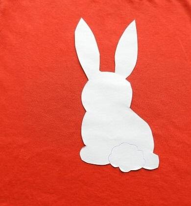 t shirt painting142 - چگونه روی پارچه نقاشی کنید