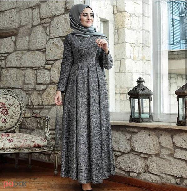 The long Manto is suitable for short people - مانتو بلند برای افراد کوتاه قد مناسب است